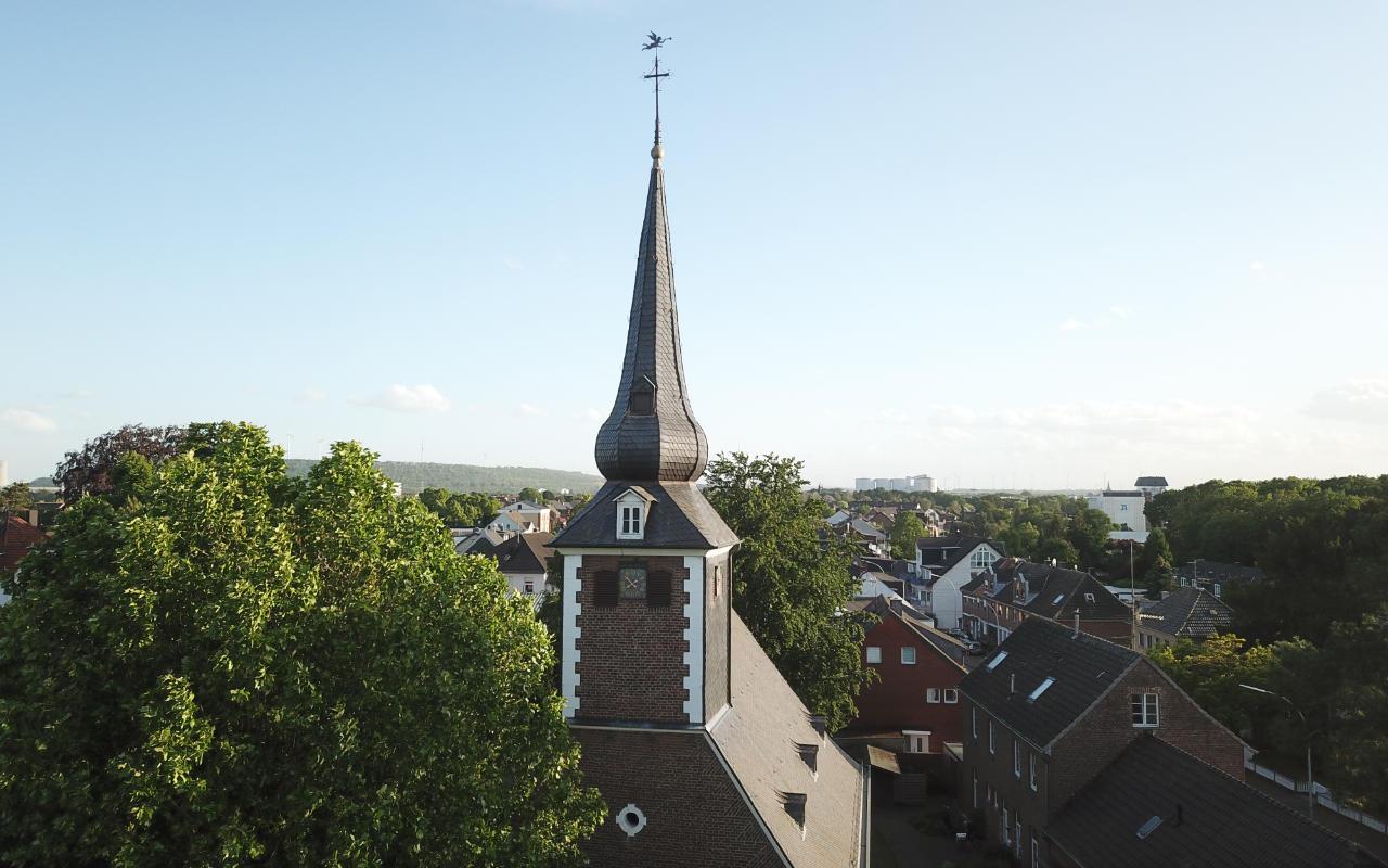 Evangelische Kirche Wevelinghoven (in Grevenbroich)